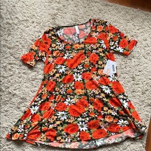 LuLaroe Perfect T! Floral print